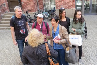 Journalist*Innen des israelischen Soldatensenders Galatz in Berlin